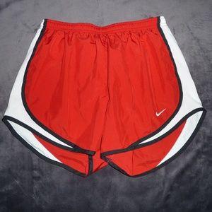 NWOT Nike Dri-Fit Tempo Run Shorts M